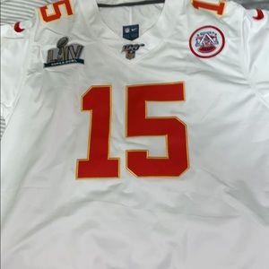 White Patrick Mahomes Jersey w/ Super Bowl Patch